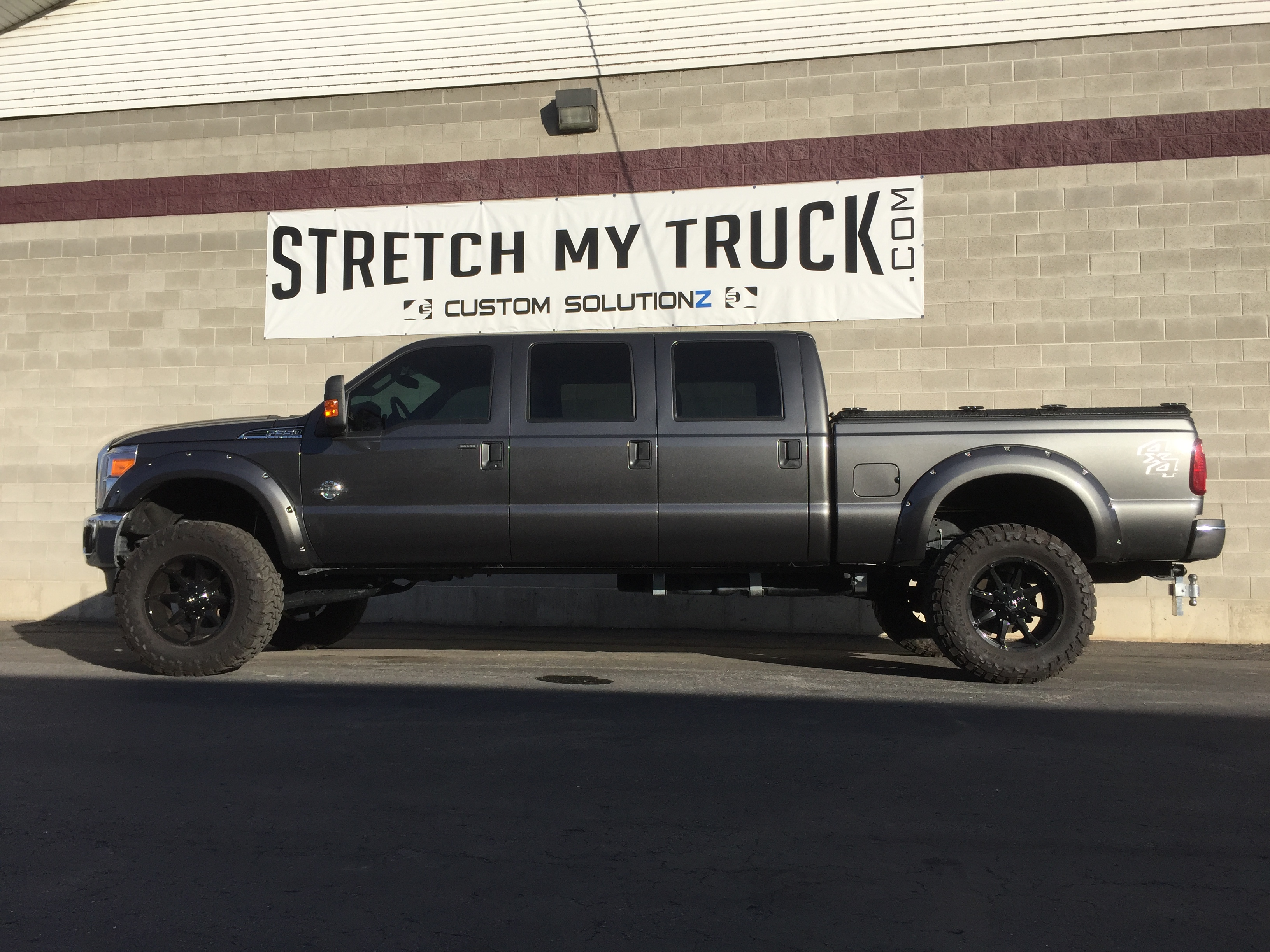 Customize My Truck >> Six Door Conversions Stretch My Truck