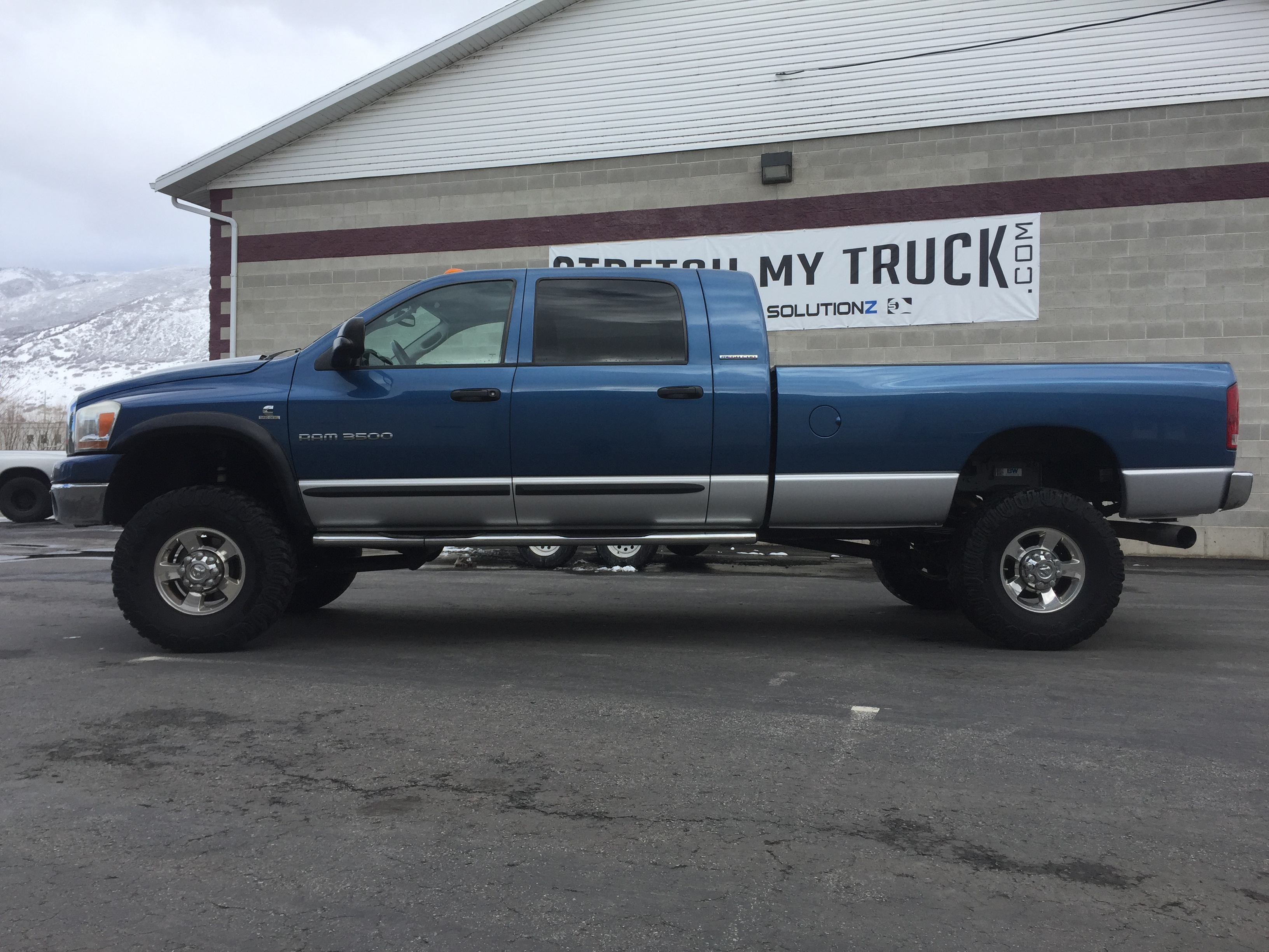 Dodge Ram 2500 Mega Cab Long Bed